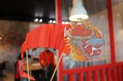 Основной символ китайского Нового года - красный дракон